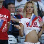 Наталья Немчинова на матче Россия - Уэльс на Евро-2016 во Франции © Sergio Perez / Reuters